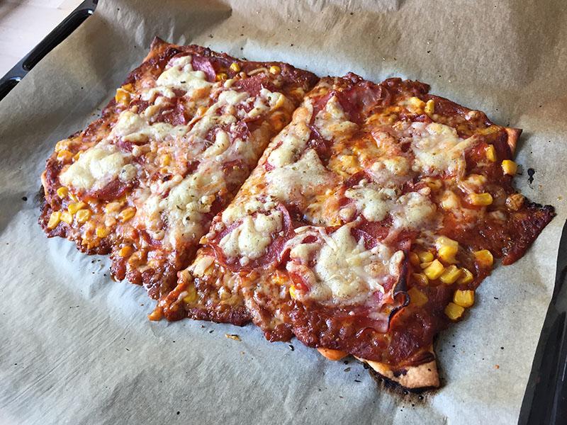 eigene-pizza-fertig